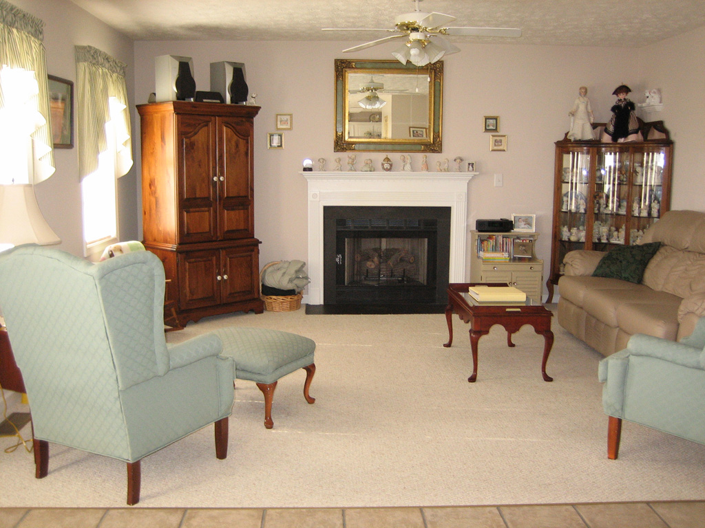 For sale by owner 15 molly court fishersville va for 14x16 living room